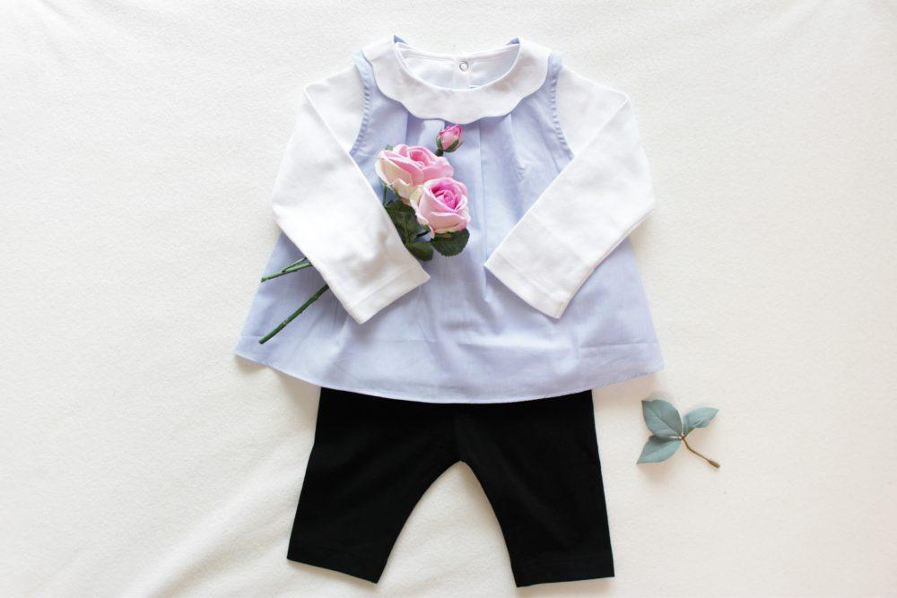 【11ヶ月の女の子】ブルーのブラウスとレギンスを使った爽やかコーディネート