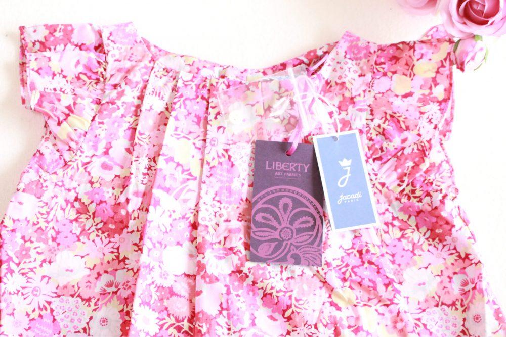 Maison de joie2016春夏 ピンクのブラウスとレギンスの華やかコーディネート