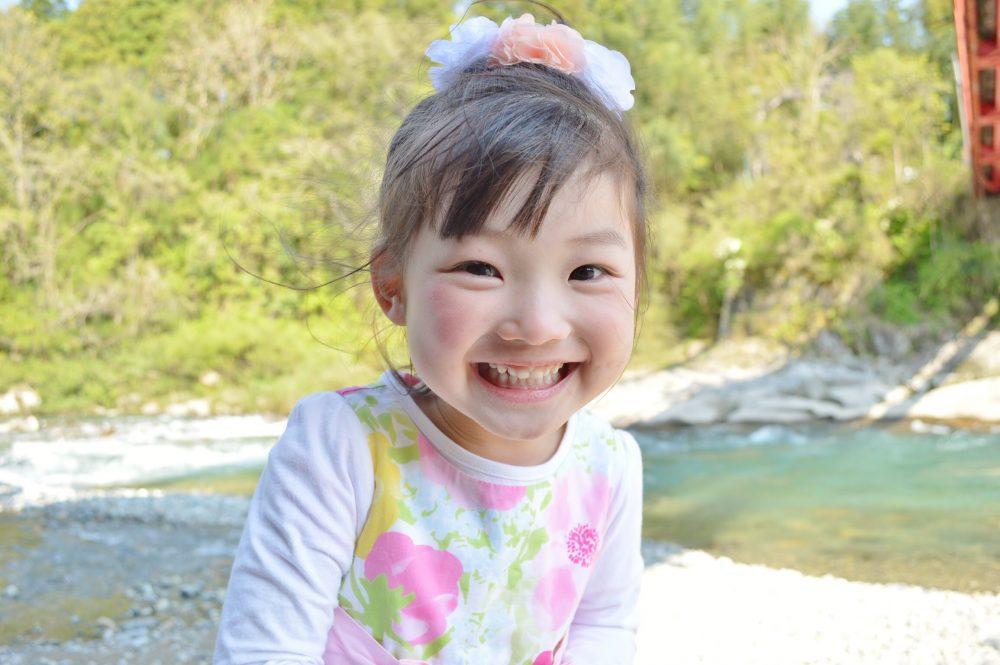 【1歳2ヶ月の女の子】ピンクのブラウスで秋冬向けショートパンツコーデ♡
