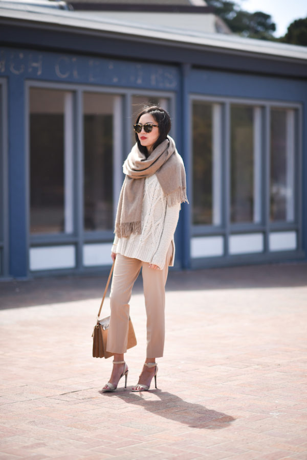 all-neutral-outfit-600x900